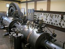 stoommachine in voormalige ETIZ-centrale